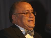 Dr. Jorge Guerrero recibirá medalla al mérito de la Asociación Mundial de Veterinarios de Pequeños animales (WSAVA)